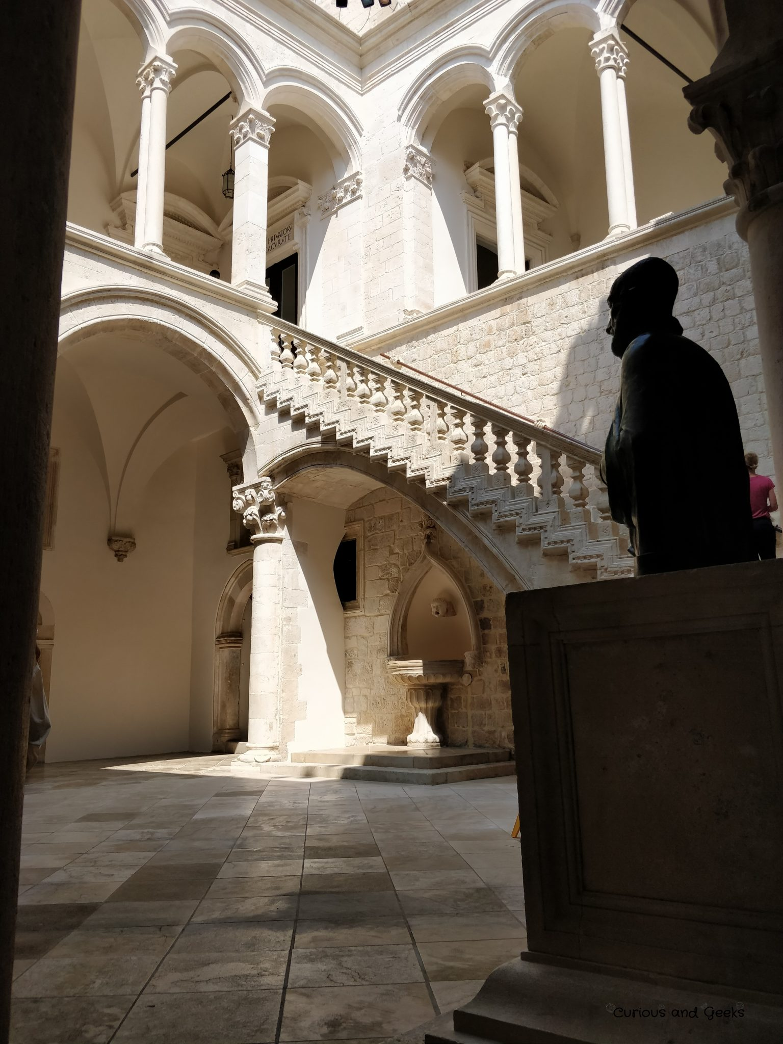 The Rector's Palace in Dubrovnik - s02e06