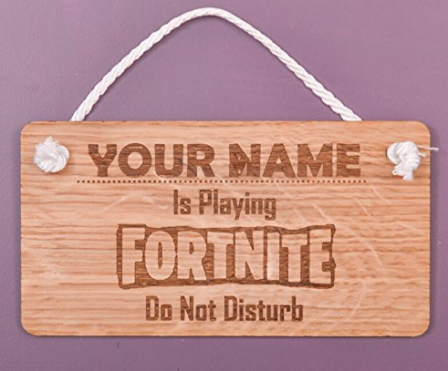 Fortnite door sign - Epic Fortnite gifts for kids - 25 gift ideas for Fortnite lovers