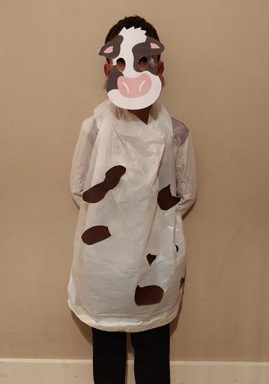 Last minute Halloween costume quick and easy the Cow - Quick and easy last minute Halloween costumes for kids