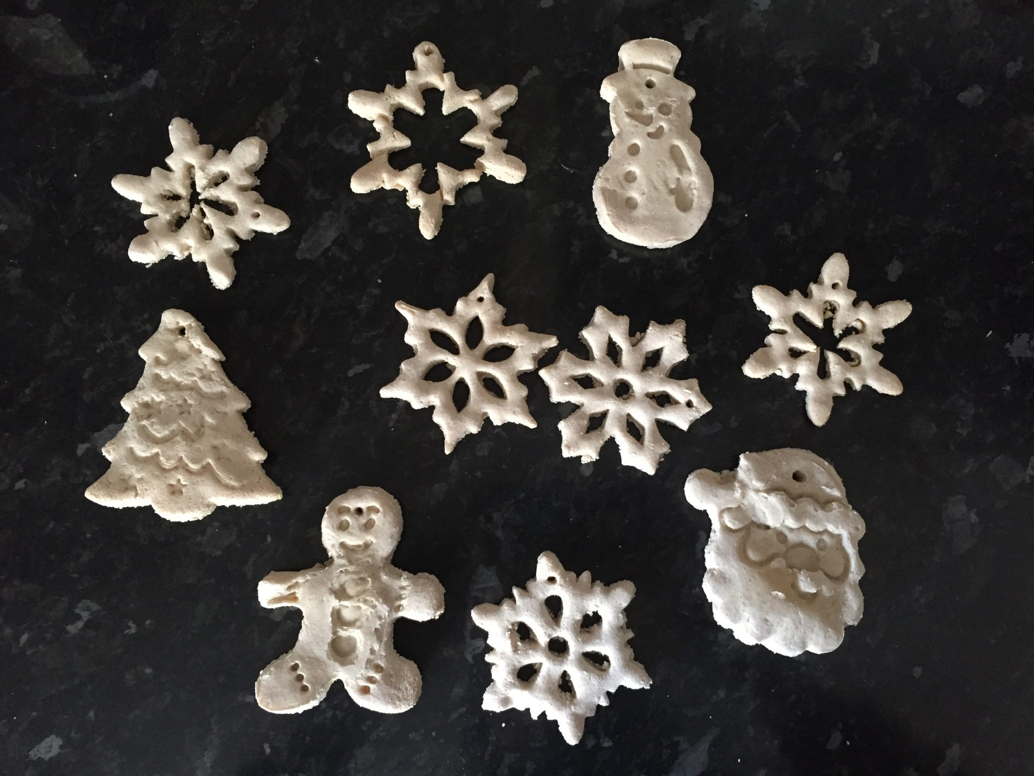 Salt Dough Recipe Christmas ornaments - Easy salt dough recipe: How to make salt dough?