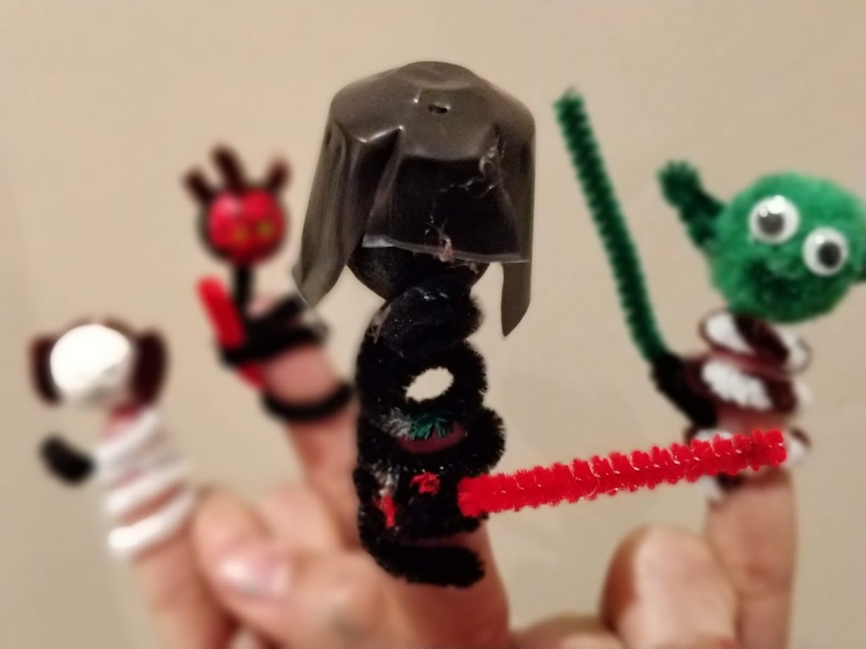 Star Wars Pipe Cleaner Finger puppets - Darth Vader