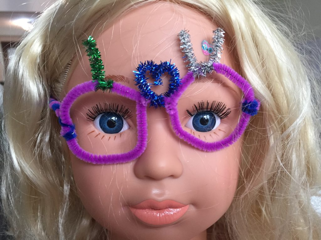 Valentines pipe cleaner glasses I love U 1024x768 - Valentines pipe cleaner glasses