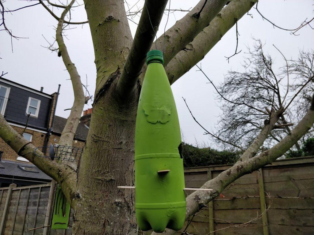 DIY bird feeders from plastic bottle Step 6 1024x768 - 3 Easy DIY Bird Feeders from Recycled Materials